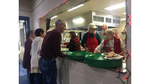 Emmanuel Episcopal Church feeds hundreds each Christmas