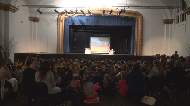 Traveling theater group makes a stop in Bluefield
