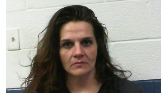 West Virginia Woman Arrested for Hitting Man with Frying Pan during Robbery