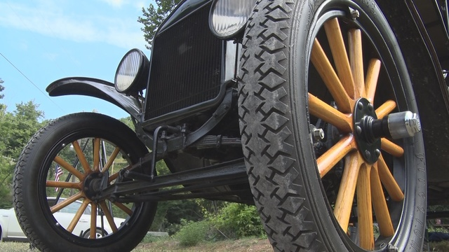 Antique Ford Model T Takes Attendees Back In Time At John Henry - Henry ford car show